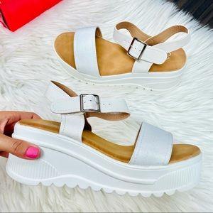 White platform sandal